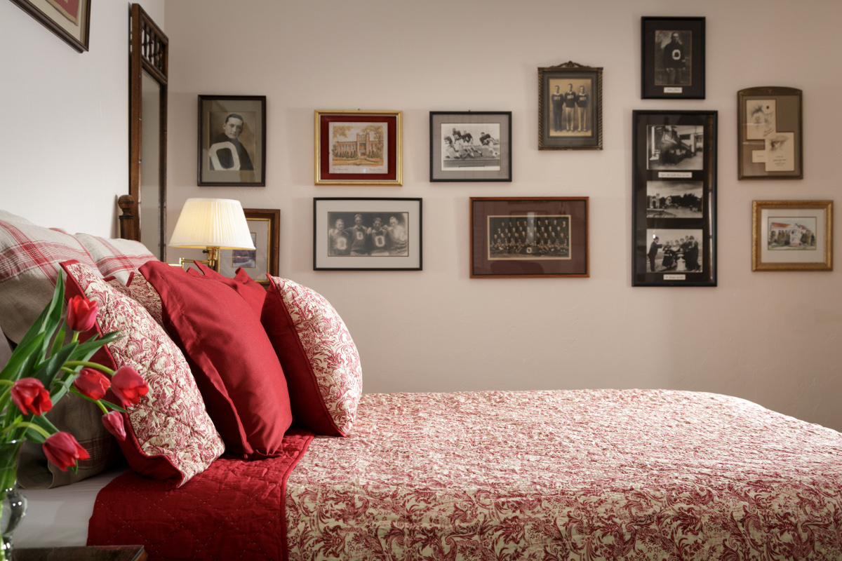Bed and Breakfast Hotel Rooms Cottage Suites Norman OK