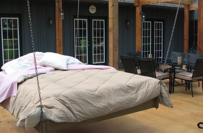 Stone Creek Bed and Breakfast - Best Oklahoma Getaway - www.montfordinn.com