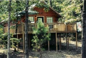 Pine Lodge Resort - Best Oklahoma Getaway - www.montfordinn.com
