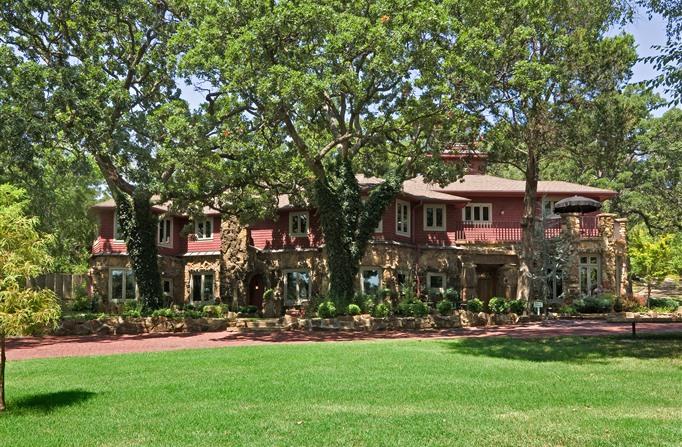 Cedar Rock Inn - Best Oklahoma Getaway - www.montfordinn.com