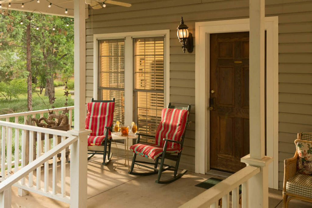 private cottages at Montford Inn in Norman Oklahoma