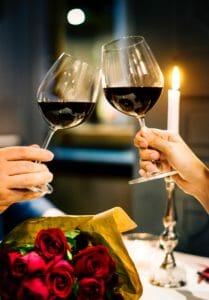 Looking to spice up date night? Here are the best romantic restaurants in Norman OK!