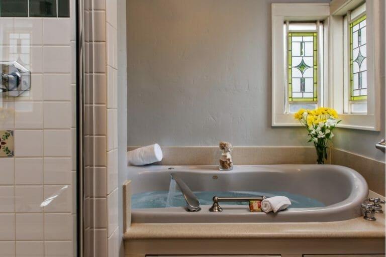 Prairie House bathroom romantic weekend getaways oklahoma