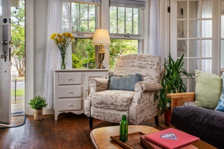 Prairie House living room oklahoma inn
