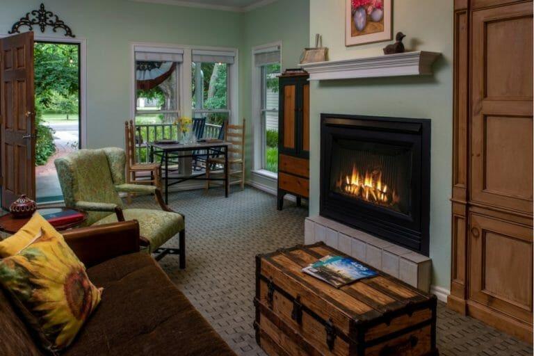 Willow Wood living room romantic weekend getaways oklahoma