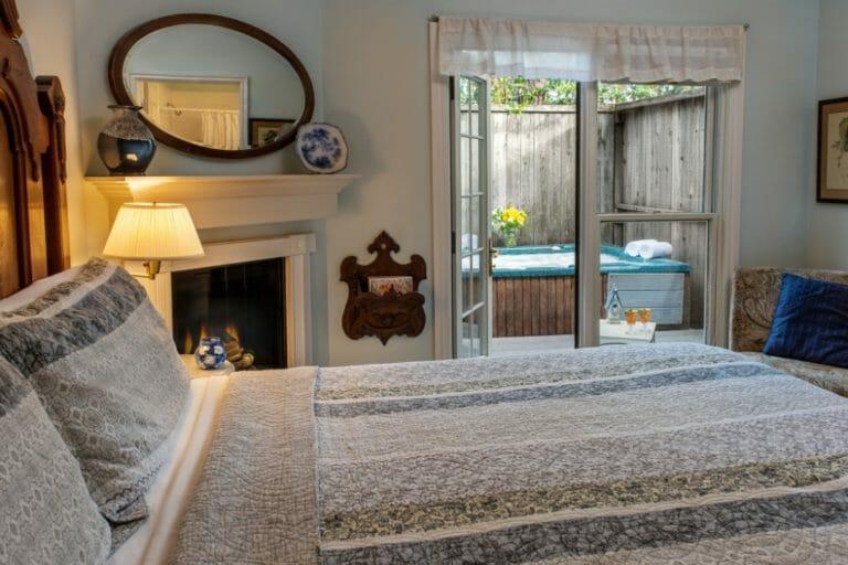 YesterYear bedroom romantic weekend getaways in ok